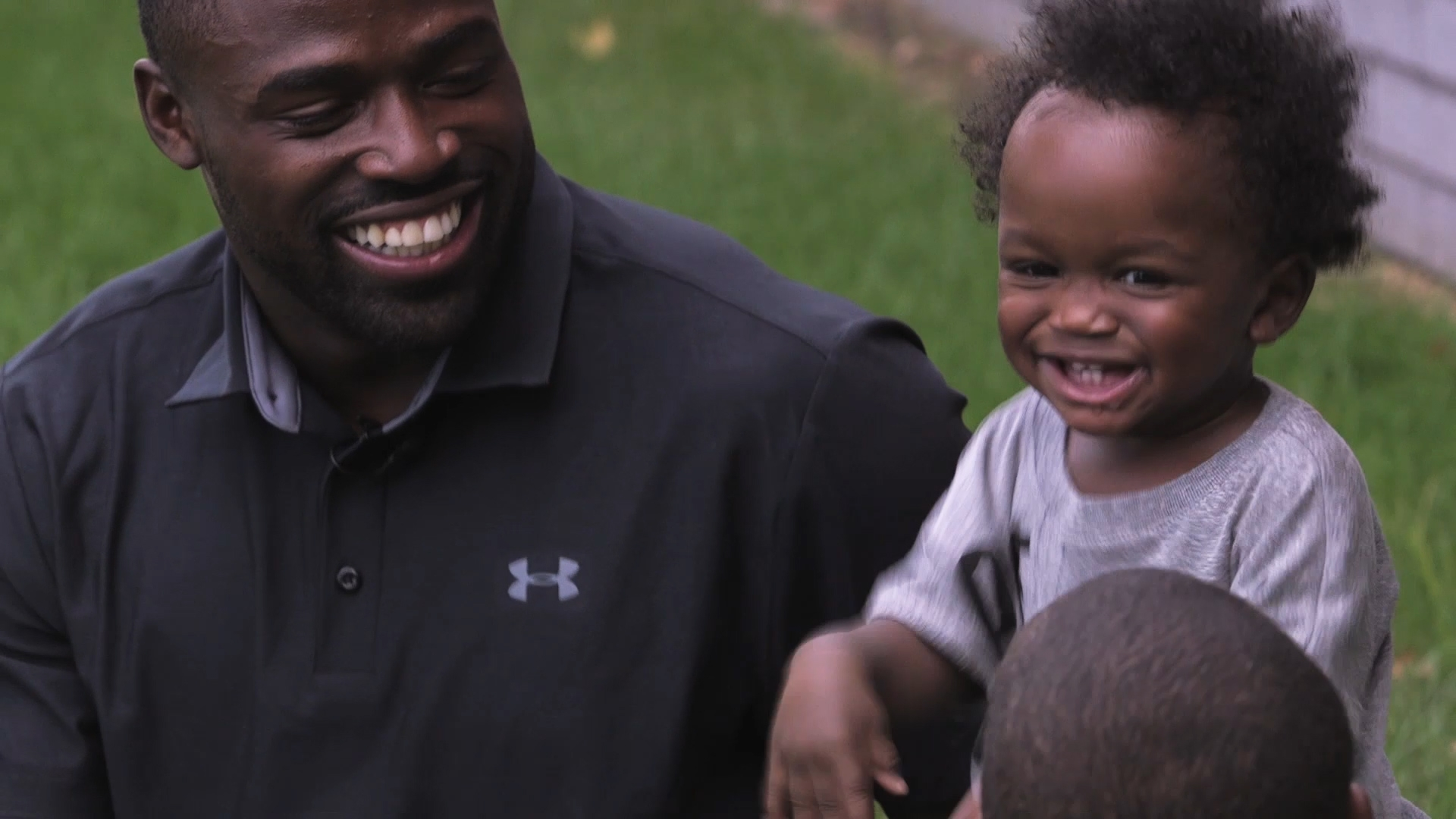 Torrey Smith and his dancing, Instagram-famous sons